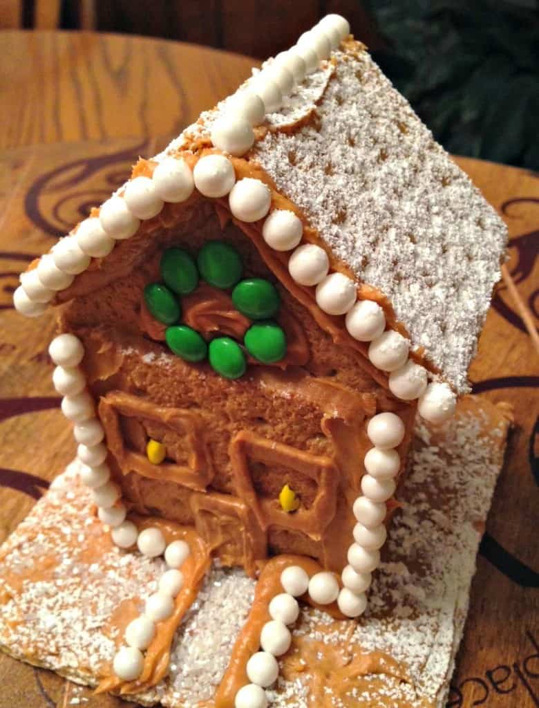 Family Holiday Ideas: Graham Cracker Houses and Peanut Butter Icebox Cake   Simple and wonderful holiday treats!