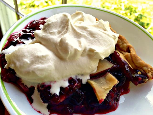 4 Ingredient Berry Pie