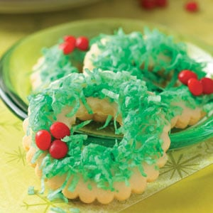 http://www.tasteofhome.com/recipes/wreath-cookies
