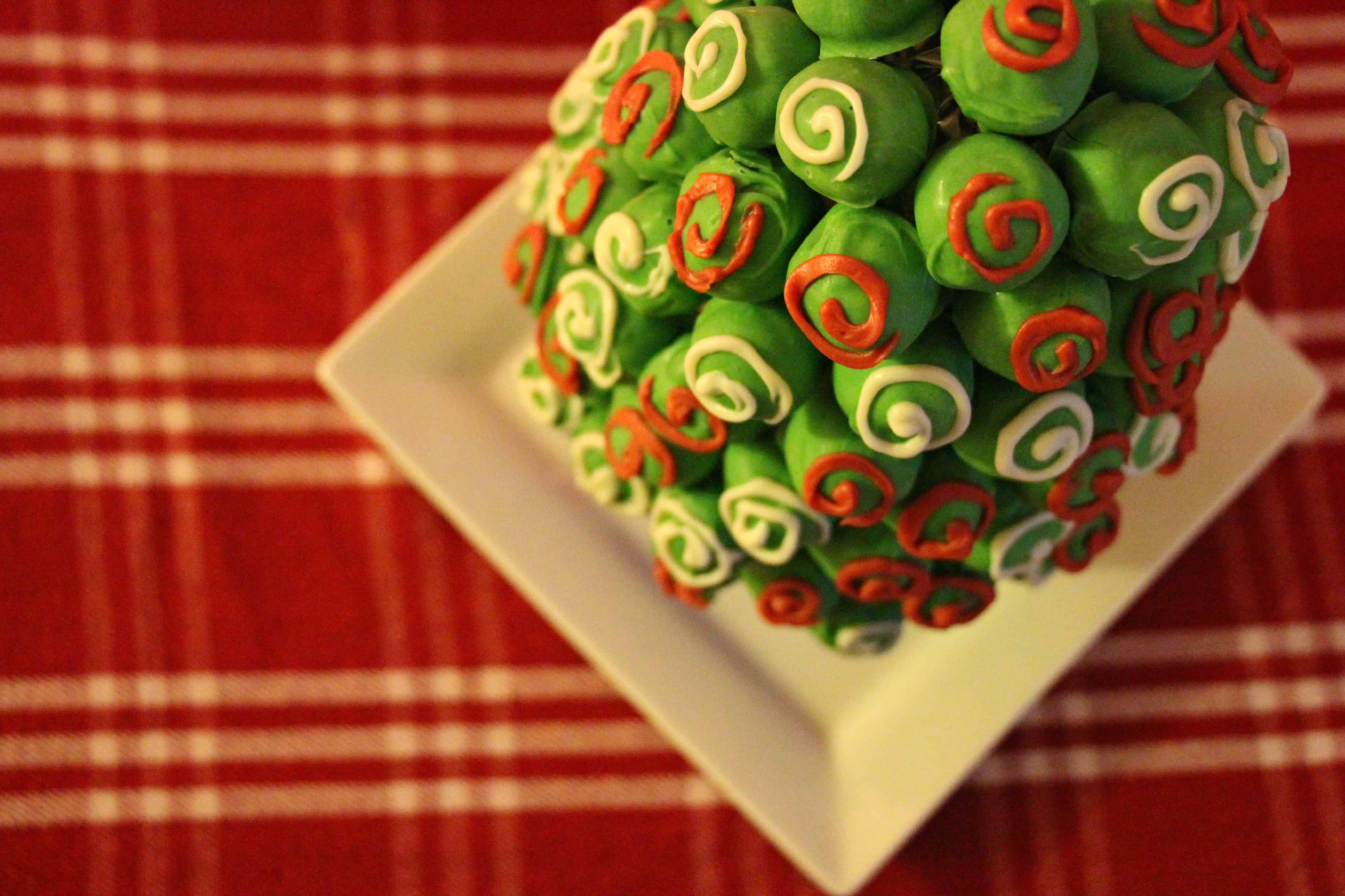 OREO-Cookie-Balls-Christmas-Tree-15