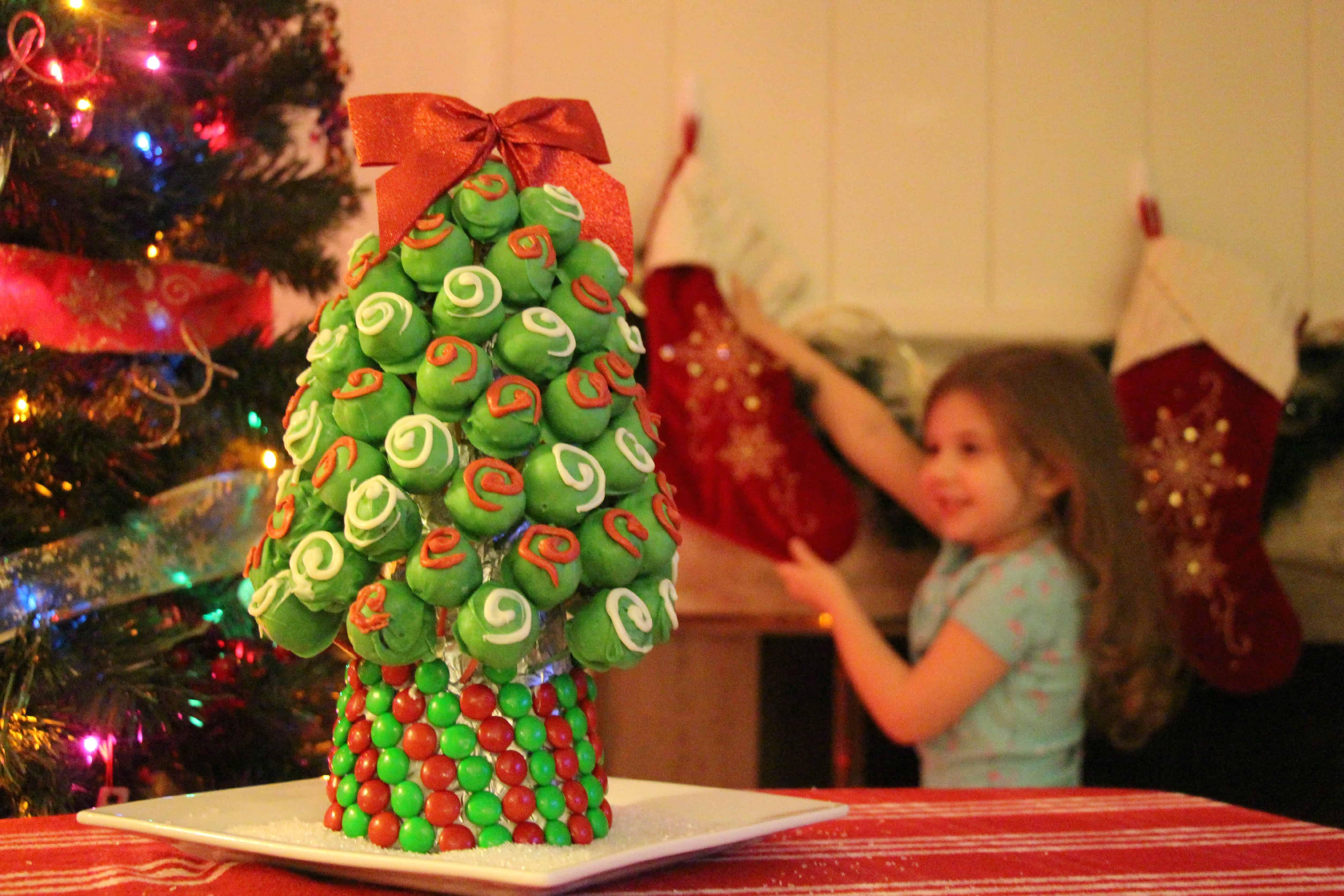 OREO-Cookie-Balls-Christmas-Tree-18