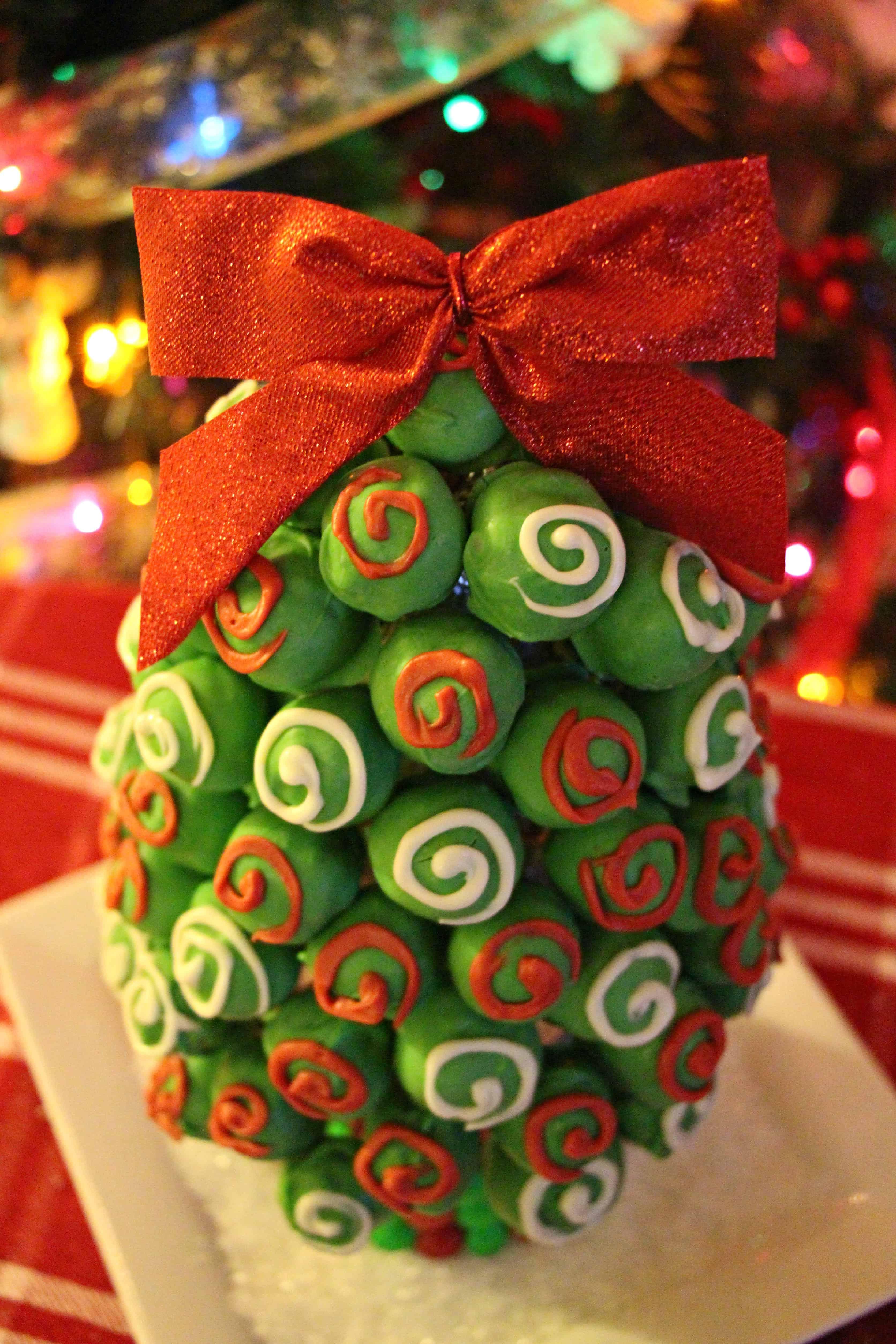 OREO-Cookie-Balls-Christmas-Tree-21