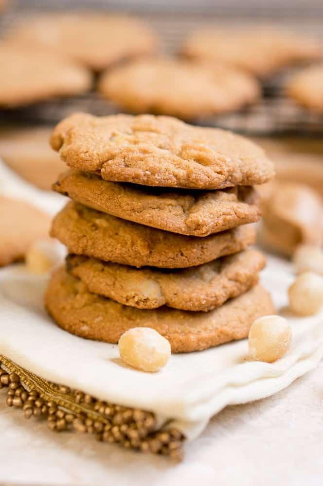 paleo-white-chocolate-macadamia-nut-cookies-1