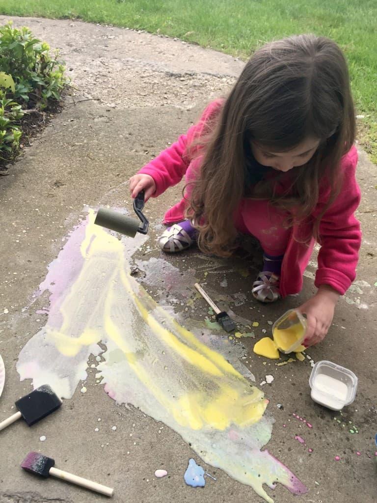 Homemade Sidewalk Chalk Paint 8