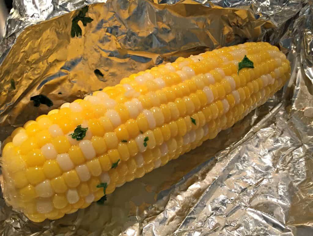 Garlic Parmesan Corn on the Cob 4