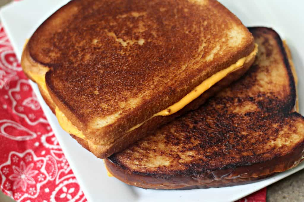 butter-or-mayonnaise-grilled-cheese-7
