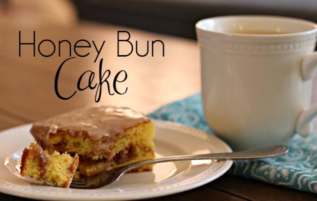 Honey-Bun-Cake-top