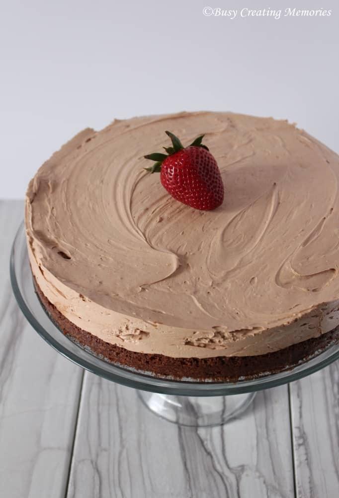 Fudgy-Brownie-Cheesecake-a-brownie-crust