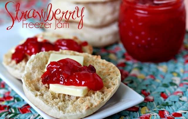 Strawberry-Freezer-Jam-9