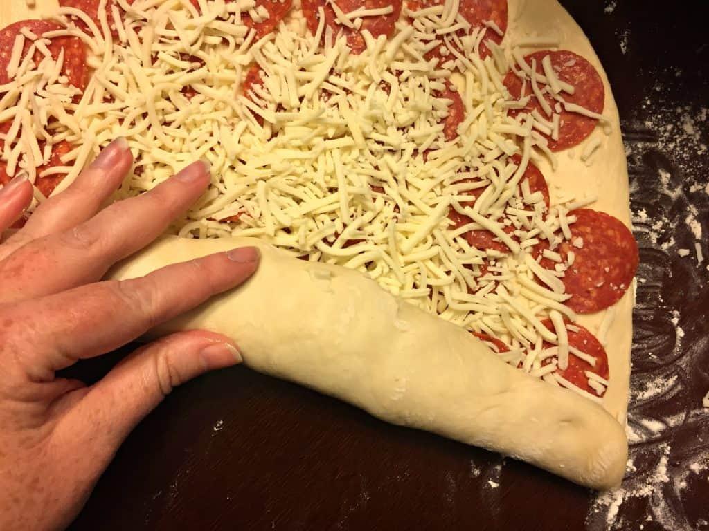 Pizza Bread and Rubbermaid® BRILLIANCE