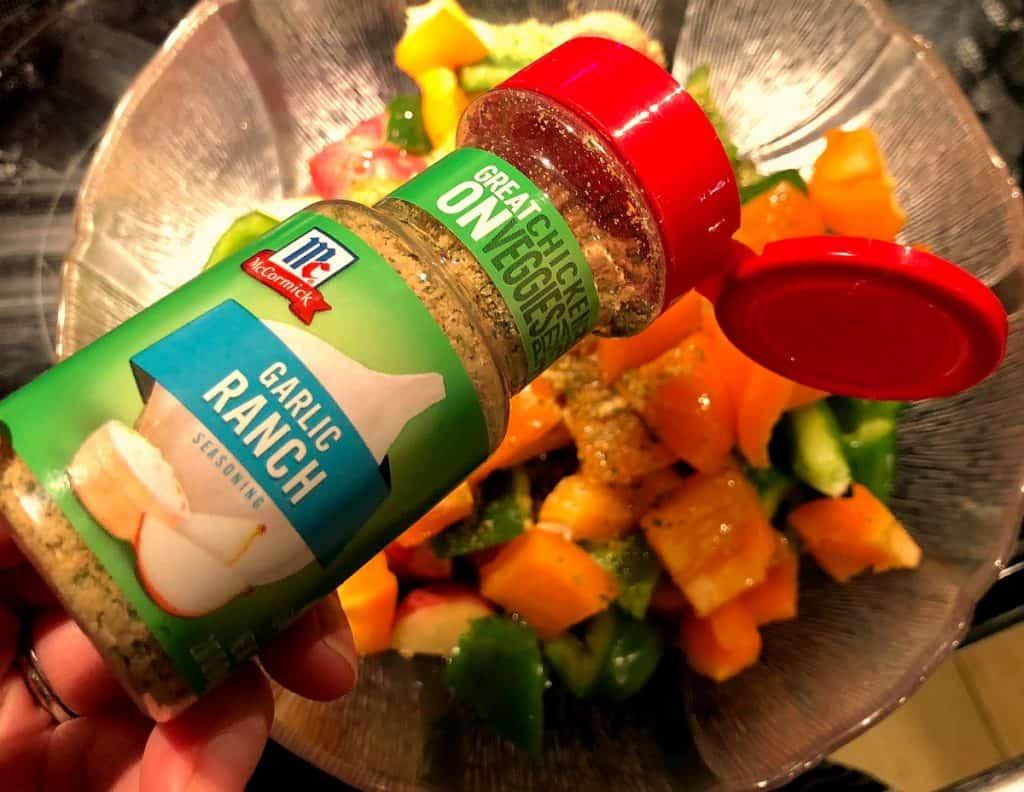 Easy Baked Garlic Ranch Chicken in Foil Packets | Easy Dinner | Chicken in Foil Packet | Chicken and Vegetables | 30 Minute Meal #EasyRecipe #Chicken #DinnerRecipe #FoilPacket #HealthyDinner