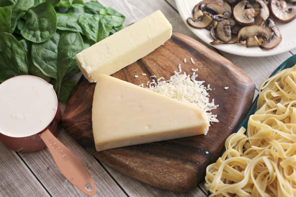 Ingredients to make Fettuccine with Baby Bella Parmesan Sauce