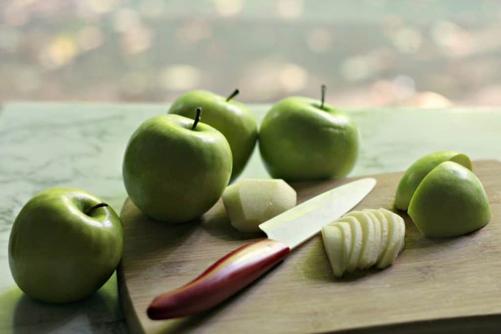 Cutting Granny Smith apples for Apple Crumb Danishes