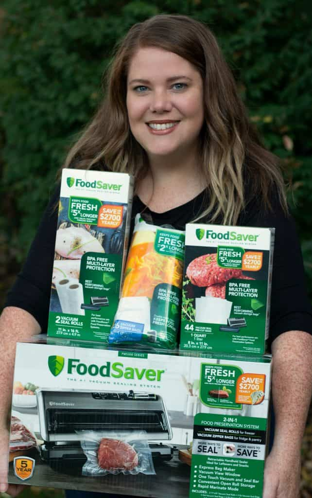 FoodSaver vacuum sealing system with BPA free bags